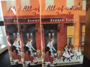 ALL OF A KIND FAMILLY                      (set of 4)