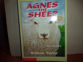 Agnes the Sheep ISBN 0-590-43364-4