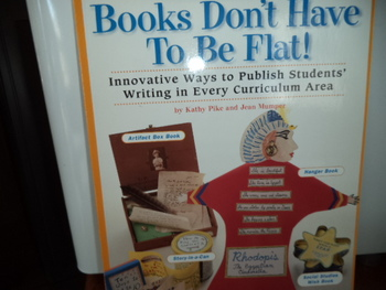BOOKS DON'T HAVE TO BE FLAT!  ISBN#0-590-12049-2