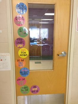 "Bright and Cheerful ""In This Classroom, We..."" Signs"