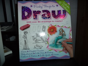 DRAW  FUNKY THINGS  ISBN978-1-7418-2942-6