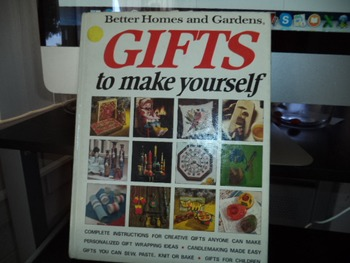 GIFTS      ISBN 696 00600 6
