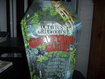 GRAVEYARD GUIDE    ISBN10-0-7641-6377-7