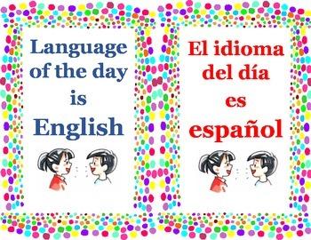 Language of the Day sign/ Cartel del idioma del dia