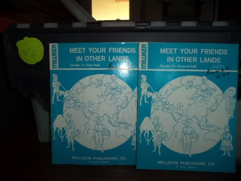MEET YOUR FRIENDS IN OTHER LANDS  (SET OF 2)