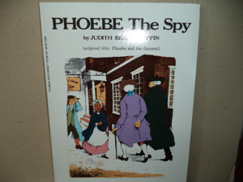 PHOEBE The Spy    isbn 0-590-42432-7