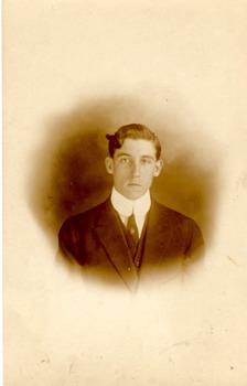 Pre-World War 1 Novelty Photo Postcard - The Man with Kinky Hair