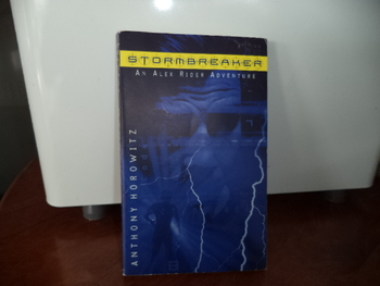 STORMBREAKER     ISBN 0-698-11932-0
