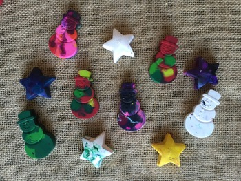 Snowman and Stars Crayons