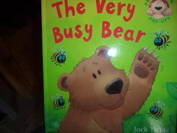 THE VERY BUSY BEAR   ISBN 978-84506-961-2