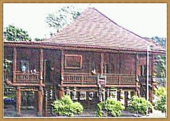 TRADITIONAL HOME 42