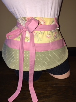 Teacher Apron {Yellow, Pink, & Green}