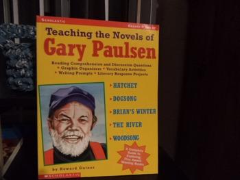 Teaching the Novels of Gary Paulsen  ISBN#0-439-09840-8
