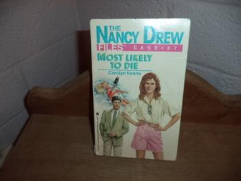 The Nancy Drew Files  ISBN 0-671-64694-X